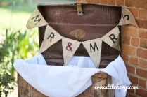 DIY Hessian Bunting