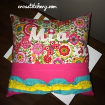 Cushion Back - Double Ruffle & Applique